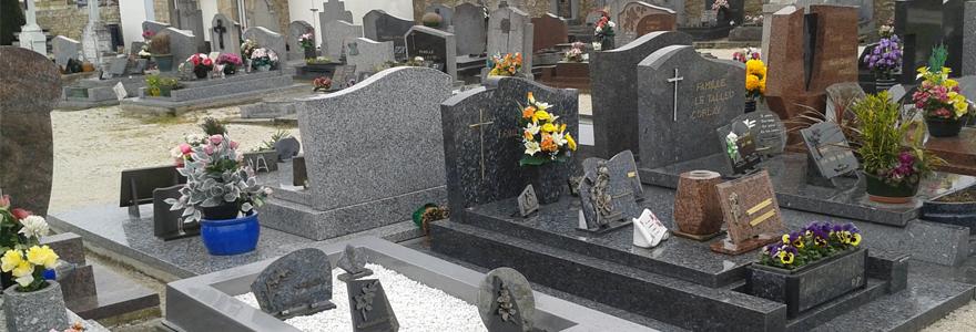 la plaque funéraire